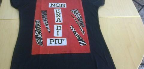 Magliette artistiche di Patrizia Pulga donate alla Casa delle donne